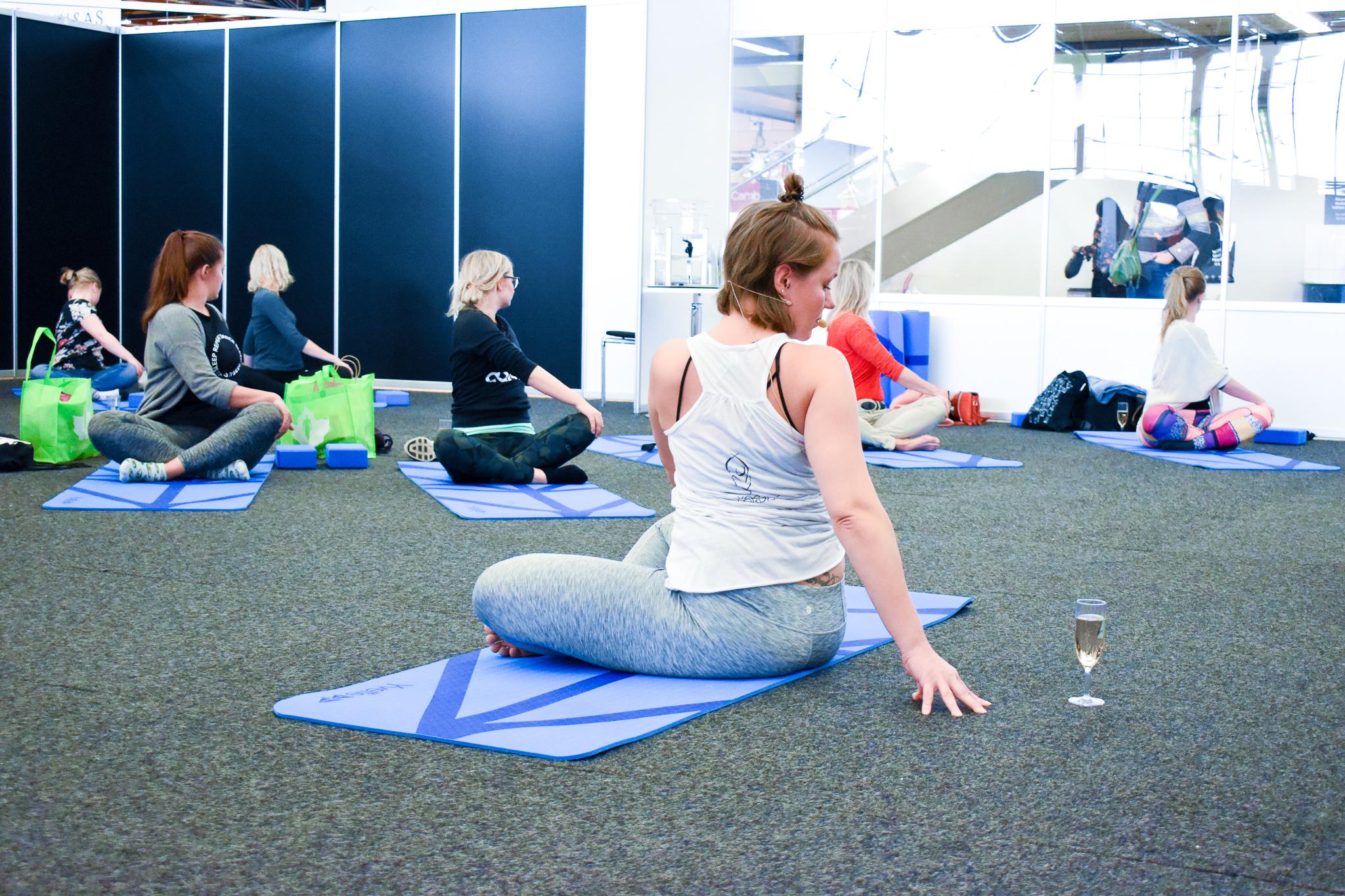 skumppajooga-yoga-nordic-veera-nguyen