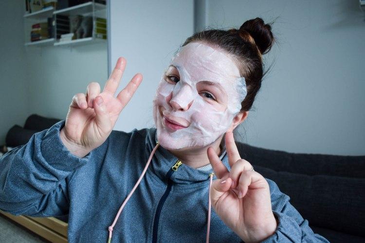 Lavera Sheet Mask kangasnaamio koko