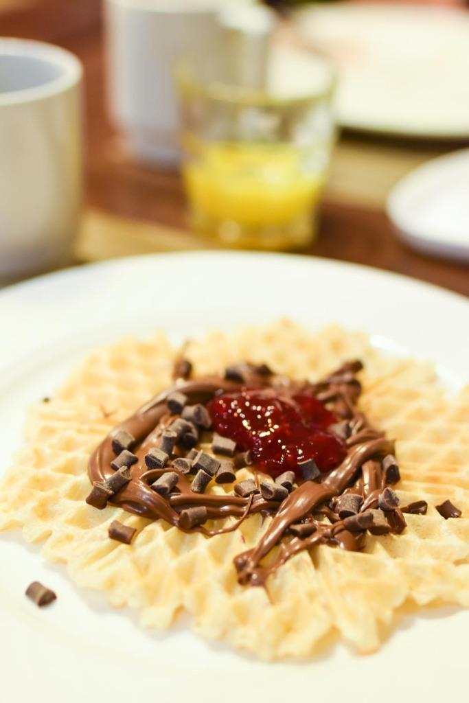Naantalin kylpylä - aamiainen, vohveli